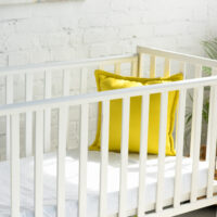 how much weight can a crib hold